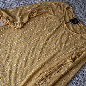 NWT Ladies Small Mustard Blouse